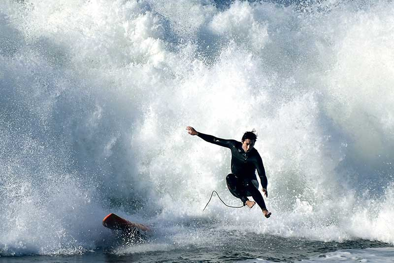 Los Angeles Vs. Orange County Surfing, HB Legends & Pop-Out Surfboards